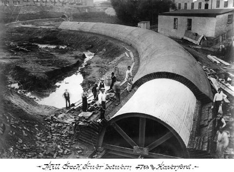Mill Creek Sewer, West Philadelphia, ca. 1883. This large sewer, built over a 25-year period, ran for five miles and obliterated the West Philadelphia stream for which it is named., Foto: Philadelphia Water Department